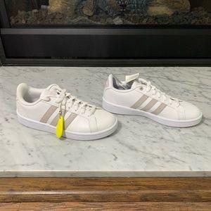 Adidas Ortholite Float Advantage Size 6 1/2